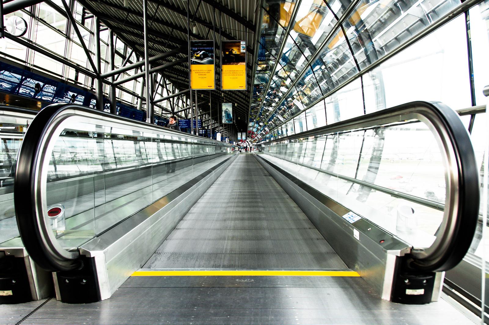 Walk Way Airport
